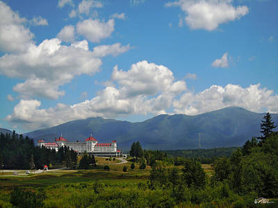 Photograph - Mount Washington Hotel by Nancy Griswold
