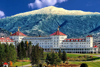 New England Fall Photograph - Mount Washington Hotel by Tom Prendergast