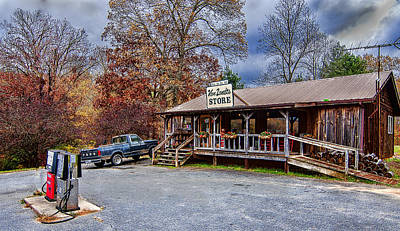Photograph - Mountain Store by Barry Cole