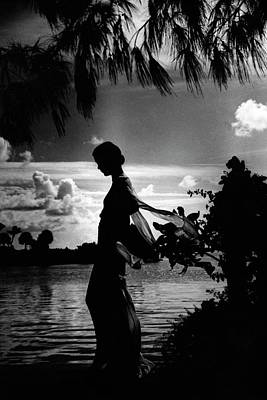 Exterior Photograph - Mrs Allan A Ryan Jr At Palm Beach by Toni Frissell
