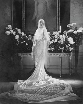 Photograph - Mrs. Charles Coudert Nast In Her Wedding Dress by Edward Steichen