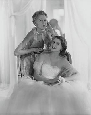 Party Photograph - Mrs. Francis Mcneil Bacon IIi And Her Daughter by Horst P. Horst
