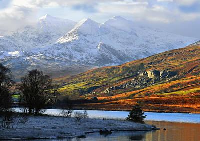 Mt Snowdon Snowdonia The Snowdon Horseshoe From Llynnau Mymbyr Art Print by Regie Marshall