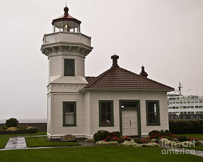Photograph - Mukilteo Lighthouse 1 by Kirt Tisdale