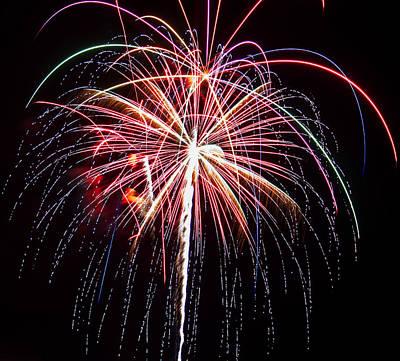 4th Of July Fireworks 20 Art Print by Howard Tenke