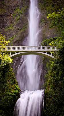 Photograph - Multnomah Falls Silk by Athena Mckinzie