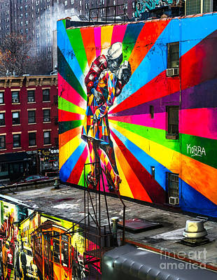 Mural  In New York - Usa Art Print by Luciano Mortula