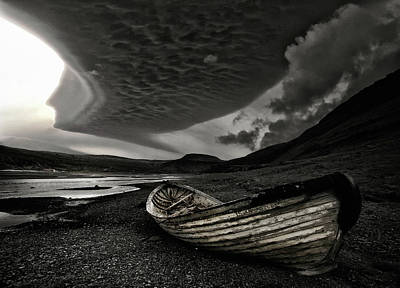 Wreck Photograph - Murky by ?orsteinn H. Ingibergsson
