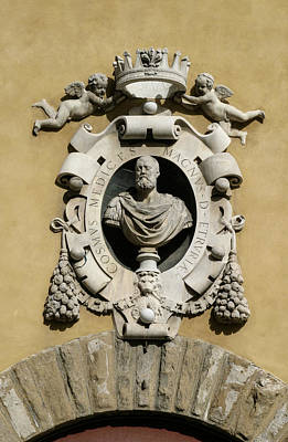 Photograph - Museo Di S Maria Coat Of Arms by Karen Stephenson