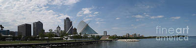Photograph - Museum Of Art In Milwaukee by David Bearden
