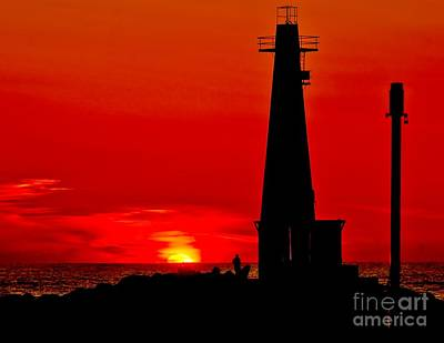 Muskegon Lighthouse Wall Art - Photograph - Muskegon Light Sunset by Nick Zelinsky