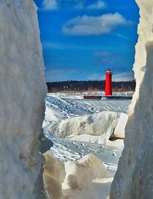 Muskegon Lighthouse Wall Art - Photograph - Muskegon Light Thru The Ice by Nick Zelinsky