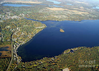 Photograph - N-021 Nagawicka Lake Fall South End Waukesha County Wisconsin by Bill Lang