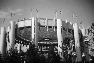 Photograph - N Y S Pavilion Mono by John Schneider