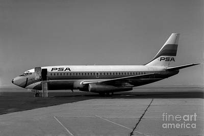 N462gb Boeing 737 At Long Beach California Art Print by Wernher Krutein