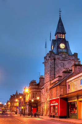 Photograph - Nairn High Street by Veli Bariskan