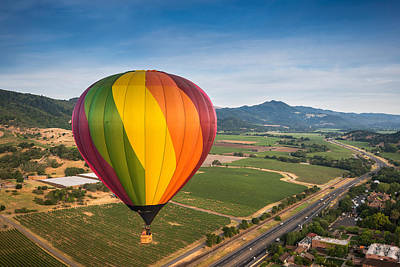 Napa Valley Balloon Aloft Print by Steve Gadomski