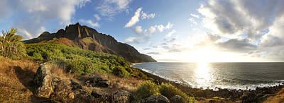 Kalalau Beach Photograph - Napali Coast by Douglas Peebles