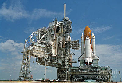 Photograph - Nasa Discovery Pre-launch by Rod Jones