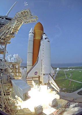 Photograph - Nasa Endeavor Launch by Rod Jones