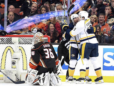 Photograph - Nashville Predators V Anaheim Ducks - by Harry How