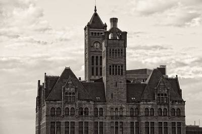 Photograph - Nashville's Union Station by Dan Sproul