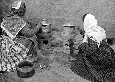 Photograph - Native Method Of Cooking  by Munir Alawi