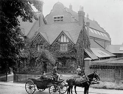 Horse And Carriage Wall Art - Photograph - Natural History Museum At Tring by Natural History Museum, London/science Photo Library