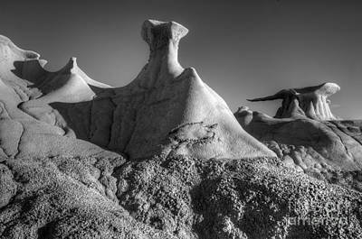 Photograph - Nature's Artistry Bisti/de-na-zin Wilderness by Bob Christopher