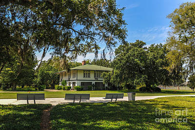Photograph - Naval Officers Quarters by Dale Powell