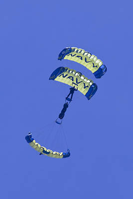 Leap Frog Photograph - Navy Seals Leap Frogs One Upside Down by Donna Corless