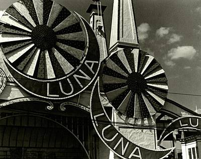 Black And White Photograph - Neon Signs Of Luna Park by Lusha Nelson