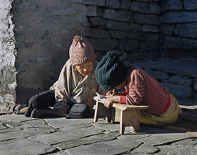Photograph - Nepalese Boys Drawing  by Richard Berry