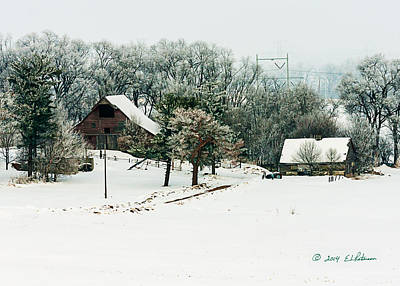 Photograph - Nestled Barn by Edward Peterson