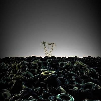 Arte Urbano Photograph - Neumaticos by Antonio Godoy