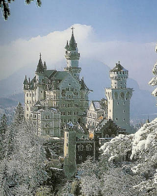 Wagner Painting - Neuschwanstein  by Troy Caperton