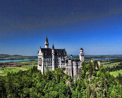 Photograph - Neuscwanstein Castle by John Bushnell