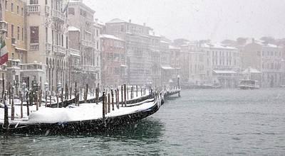 Venice Photograph - Nevica 3 by Izabella V?gh