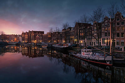 Amsterdam Wall Art - Photograph - New Amsterdam 1 by Juan Pablo De