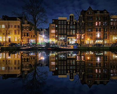 Amsterdam Wall Art - Photograph - New Amsterdam 3 by Juan Pablo De