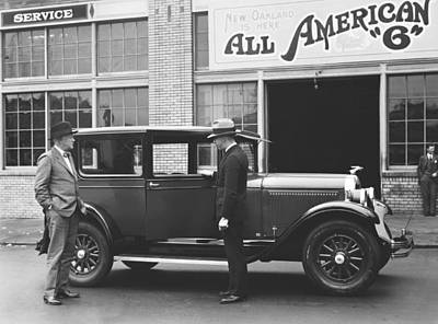 New Oakland Automobile Print by Underwood Archives