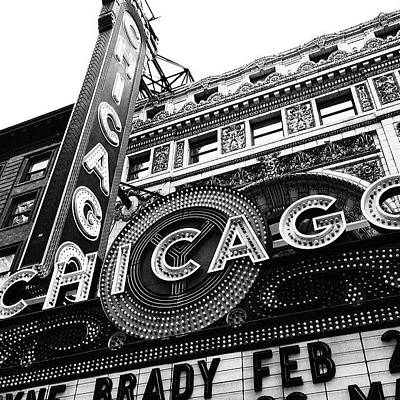 Buildings Photograph - Chicago Theatre Sign Black And White Photo by Paul Velgos