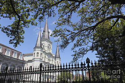 Cathedral-basilica Of St. Louis King Of France Photograph - New Orleans 18 by Carlos Diaz