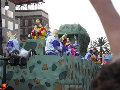 New Photograph - New Orleans - Mardi Gras Parades - 121216 by DC Photographer