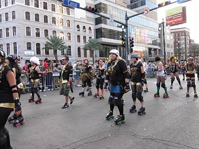 Parades Photograph - New Orleans - Mardi Gras Parades - 121232 by DC Photographer