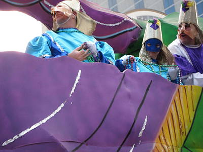 New Orleans - Mardi Gras Parades - 12127 Art Print by DC Photographer