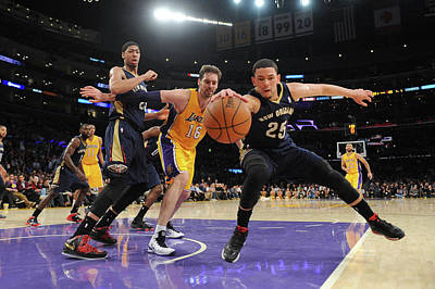 Photograph - New Orleans Pelicans V Los Angeles by Noah Graham