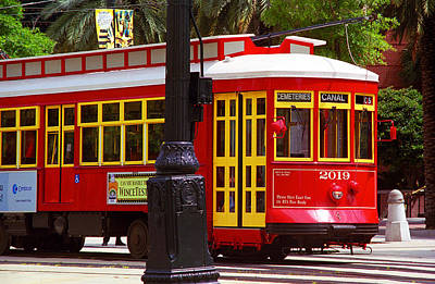 Photograph - New Orleans Trolley by Frank Romeo