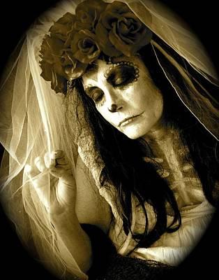 Photograph - Bride In Repose by Julie Komenda