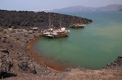 Photograph - New Volcano Harbour by Brenda Kean
